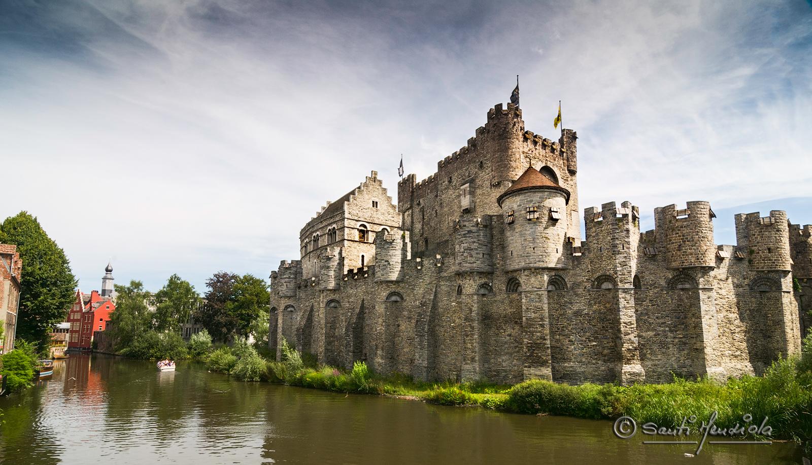 Castillo De Los Condes De Gante Santi Mendiola